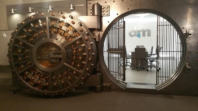 銀行の信用